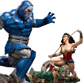 DC Comics WONDER WOMAN Vs DARKSEID Diorama 1/6 by Ivan Reis